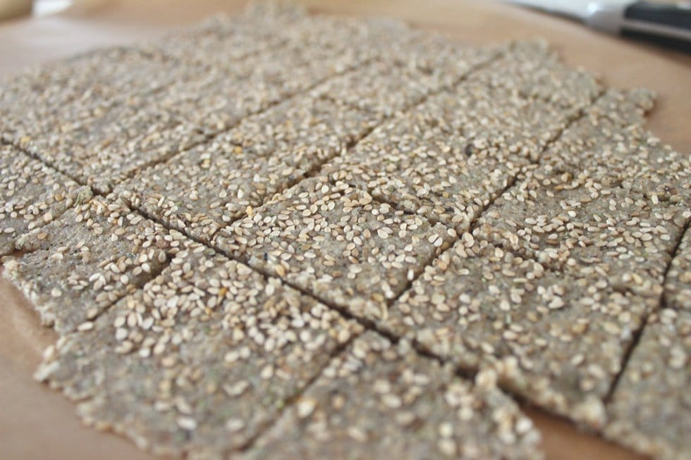 Teig gesunde glutenfreie Sesam Cracker clean eating