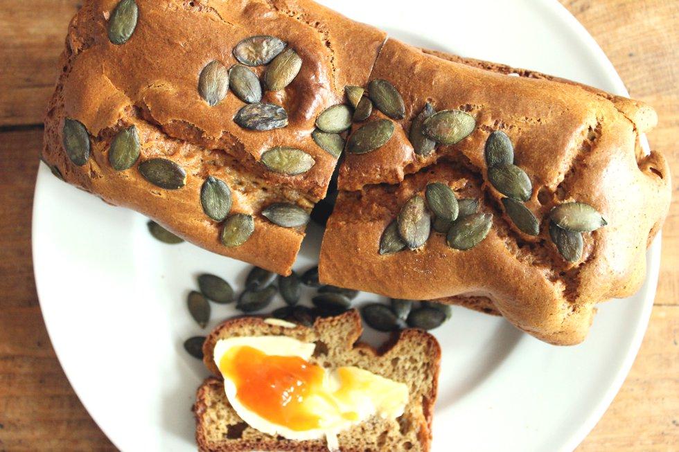 Glutenfreies Brot zum Fruehstueck