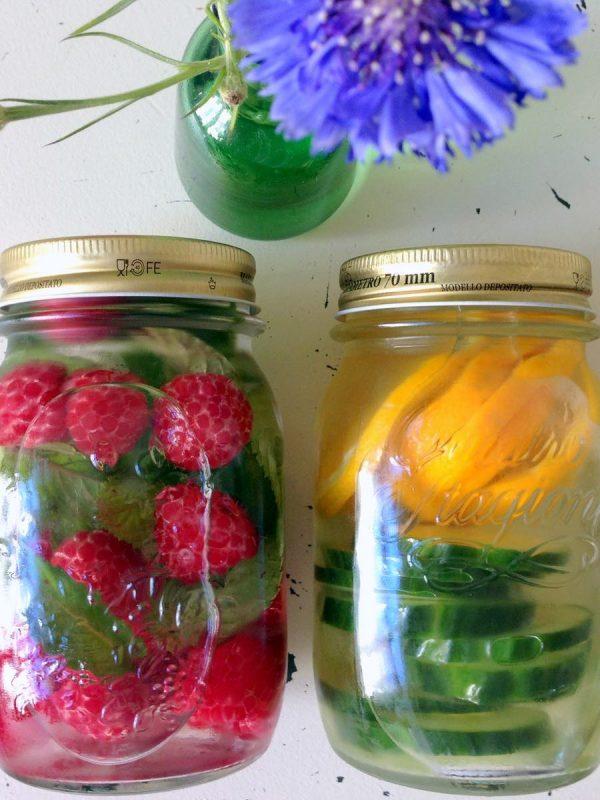 Aromatisiertes Wasser ohne Zucker gesundes Rezept vorschau