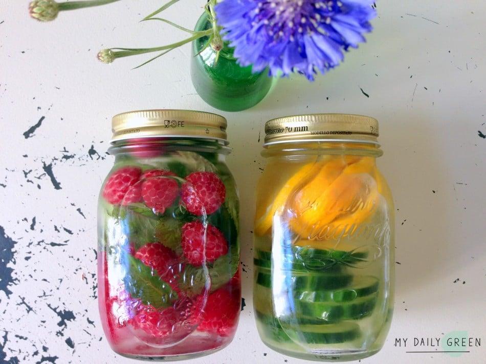 2 Flaschen Gesundes aromatisiertes Wasser ohne Zucker